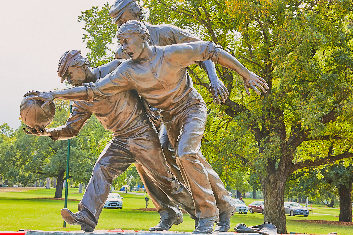 Melbourne Cricket Ground (MCG) statue